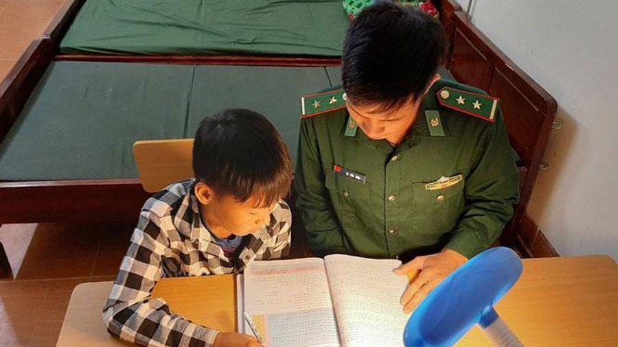 Sợi dây gắn bó giữa chiến sĩ với đồng bào biên giới