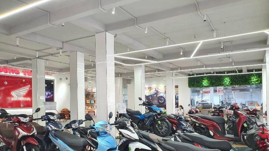 Người Việt giảm mua xe máy, doanh số toàn thị trường lao dốc