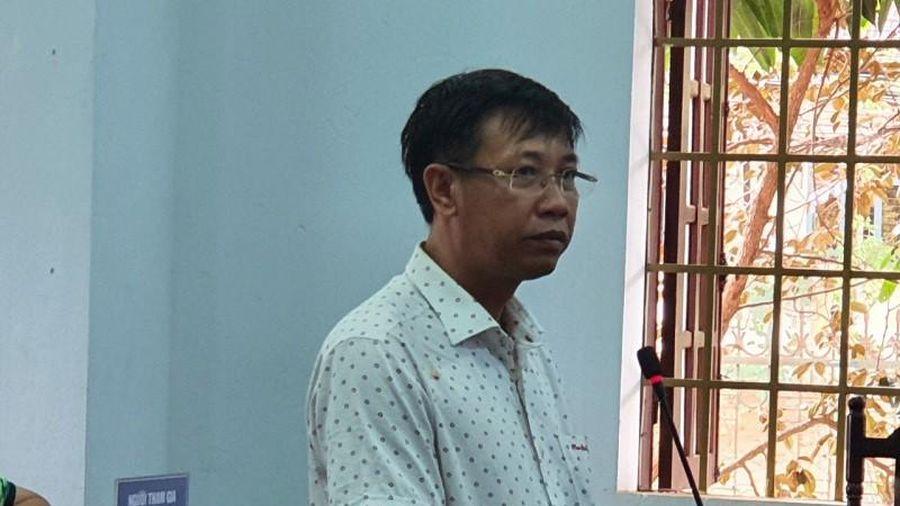 Vụ xăng giả: Bị cáo 'xin nhận hết tội về mình thay con cháu'