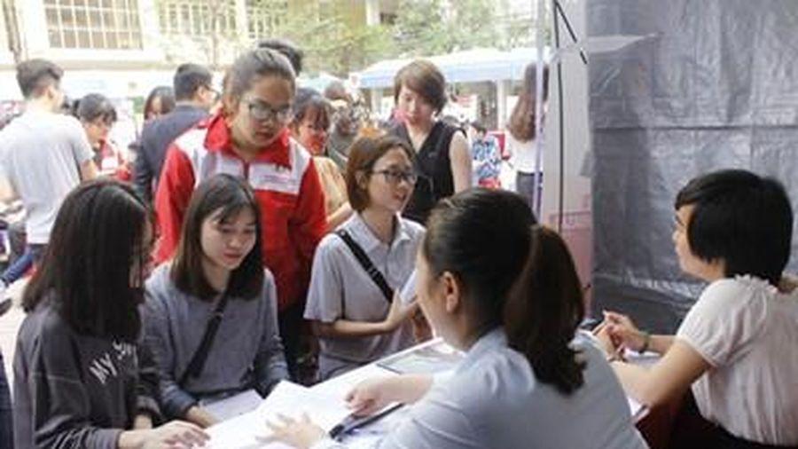 Cơ hội cho 6.000 học sinh, sinh viên Hà Nội chọn nghề và tìm việc làm phù hợp