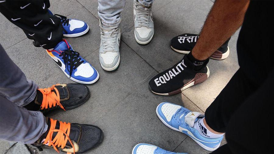 Bóc giày sneakers của giới trẻ TP.HCM tại buổi casting Rap Việt