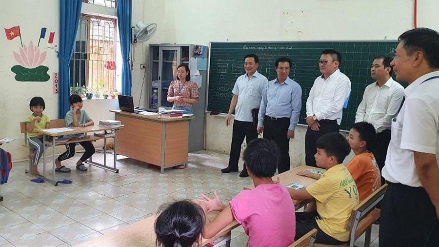 HĐND Thành phố khảo sát thực tế Trung tâm Nuôi dưỡng trẻ khuyết tật Hà Nội