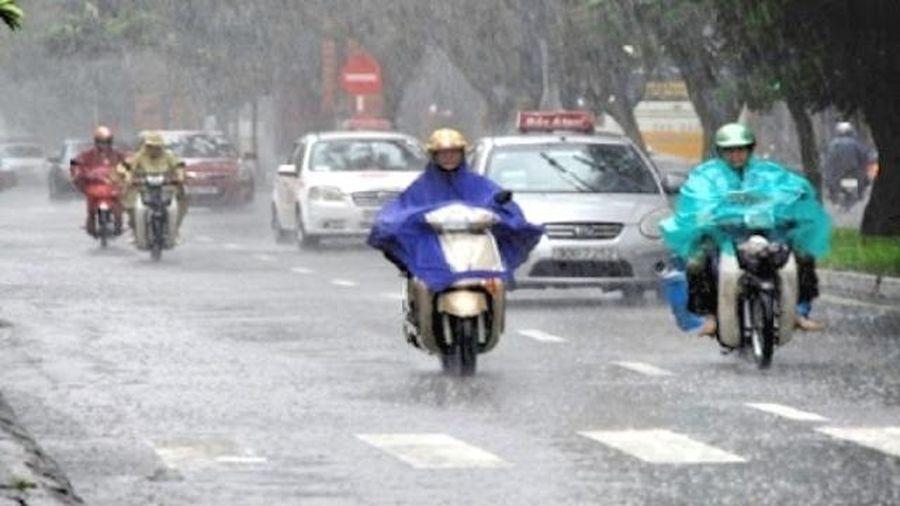 Bắc Bộ sắp có mưa lớn kèm dông, lốc, sét