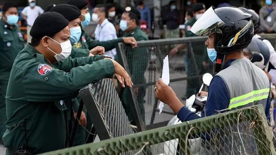 Campuchia phong tỏa thủ đô khi số ca mắc Covid-19 trong ngày cao ở mức báo động