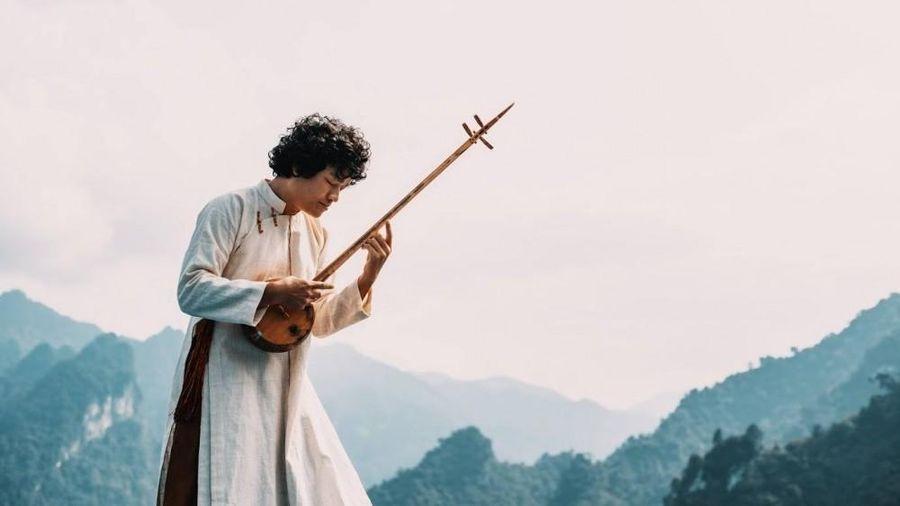 Nghệ sĩ đương đại Ngô Hồng Quang: Không có ngã rẽ khác ngoài âm nhạc dân tộc