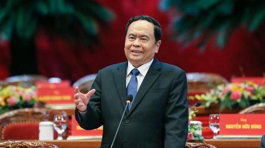 Ông Trần Thanh Mẫn chia sẻ kỹ năng cho các ứng viên lần đầu vận động bầu cử