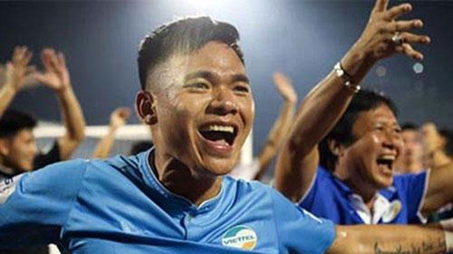 Nguyên Mạnh: 'Hà Nội FC và HAGL đấu nhau là lợi thế với Viettel'