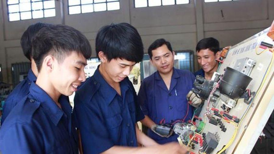 Trường đại học Trà Vinh đạt giải 3 vòng bảng cuộc thi Hult Prize