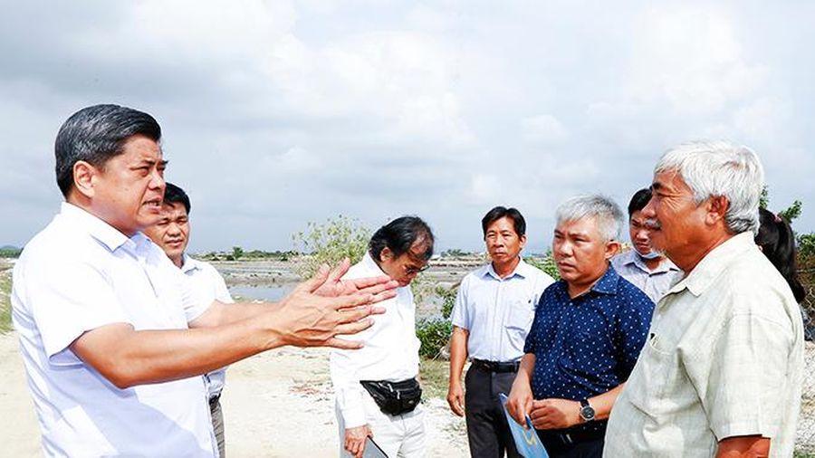 Bộ Nông nghiệp và Phát triển nông thôn: Khảo sát tình hình sản xuất muối tại Ninh Hòa