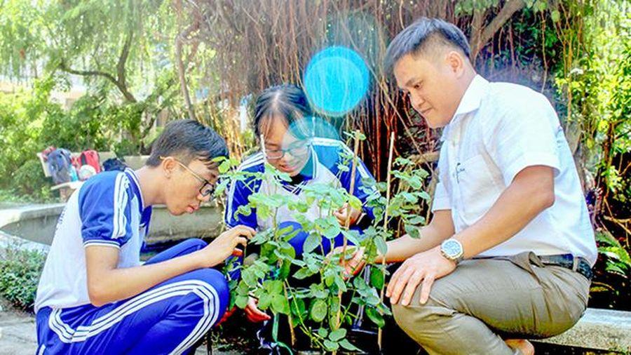 2 học sinh viết phần mềm nhận diện thực vật