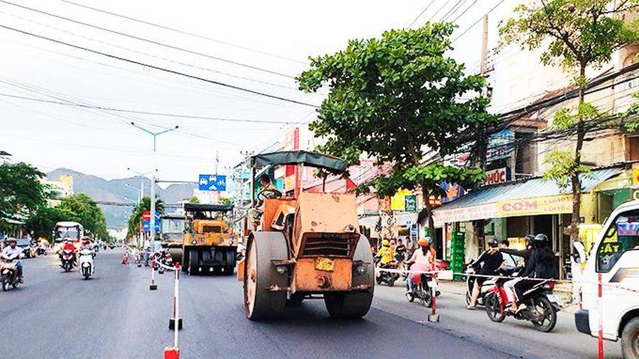 Hoàn trả mặt đường các tuyến phục vụ dự án cải thiện vệ sinh môi trường