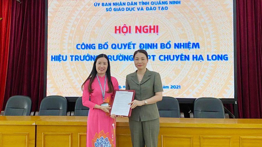 Trao quyết định bổ nhiệm Hiệu trưởng Trường THPT Chuyên Hạ Long