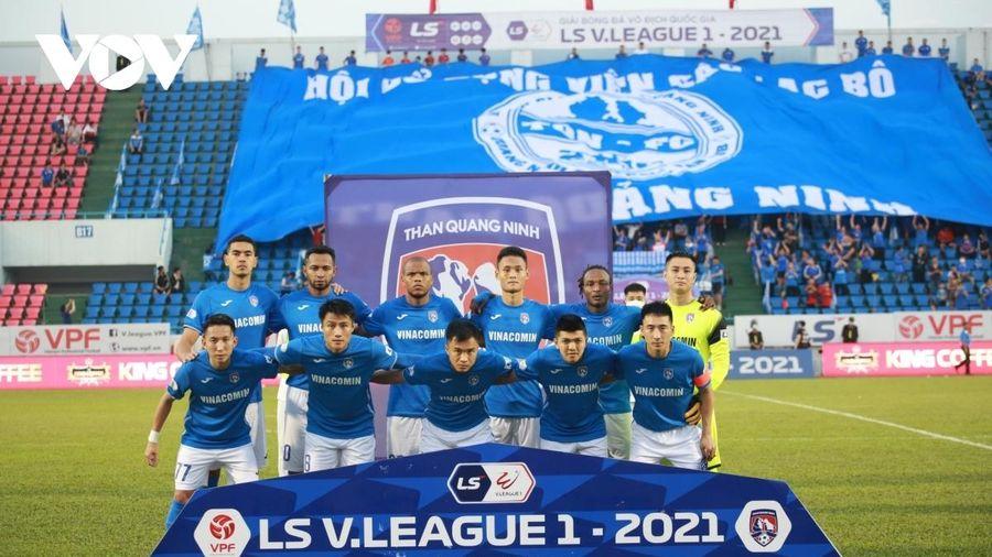 Cầu thủ Than Quảng Ninh được trả 7 tháng lương sau khi 'kêu cứu'