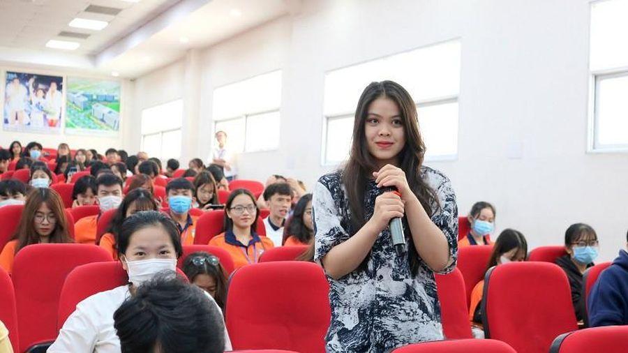 CEO Tiki chỉ 'mánh' cho sinh viên làm giàu từ online