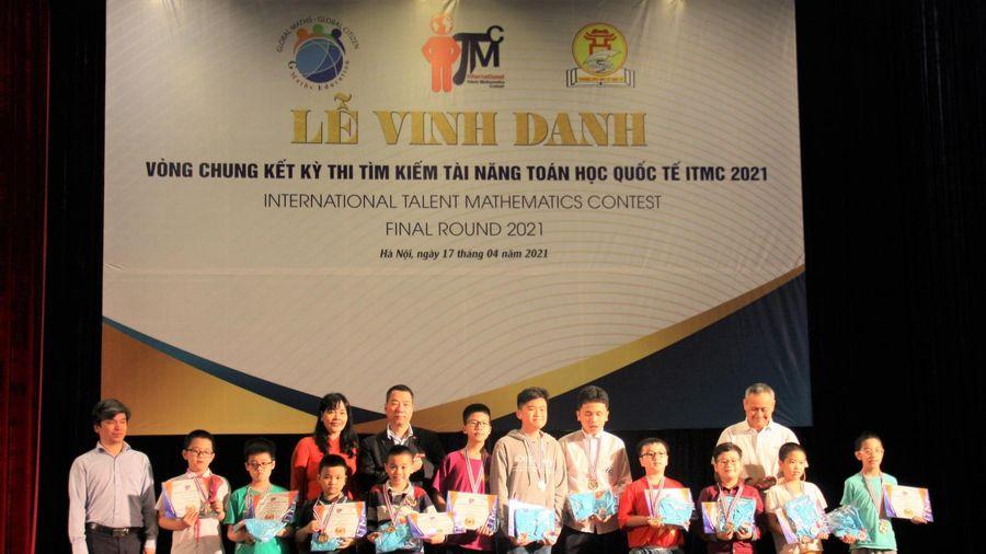 Việt Nam giành 16 huy chương vàng thi Tìm kiếm tài năng Toán học quốc tế