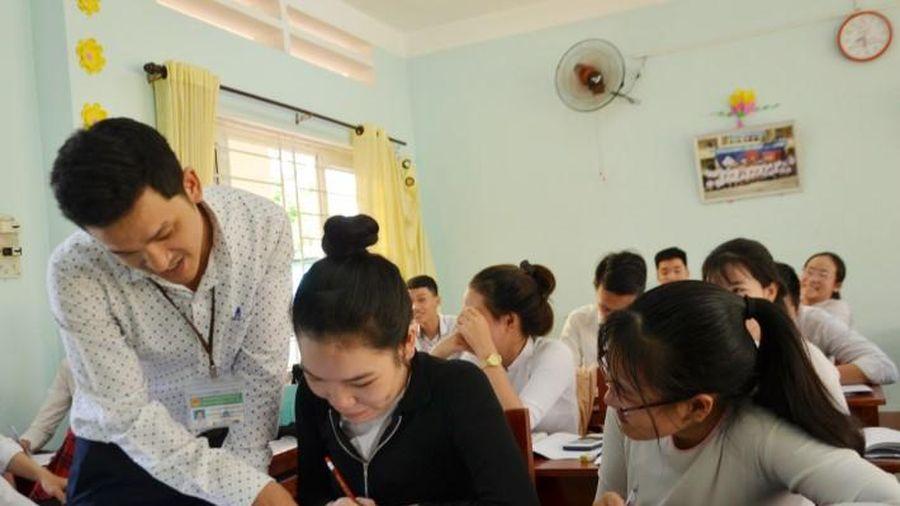 Thi tốt nghiệp THPT: Học sinh thực học, phụ huynh đồng hành