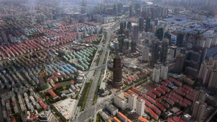Chuyện mua nhà khó tin giữa cơn sốt đất bùng nổ trên toàn cầu