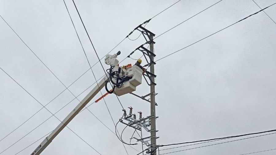 Công ty Điện lực Vĩnh Phúc ứng dụng công nghệ sửa chữa điện hotline