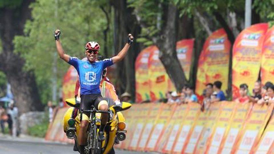 Nguyễn Trúc Xinh độc diễn thắng chặng vòng đua Tràng Tiền - Phú Xuân