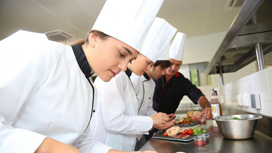 Thi 'Vào bếp kiểu Ý' lan tỏa tinh thần ẩm thực của đất nước hình chiếc ủng