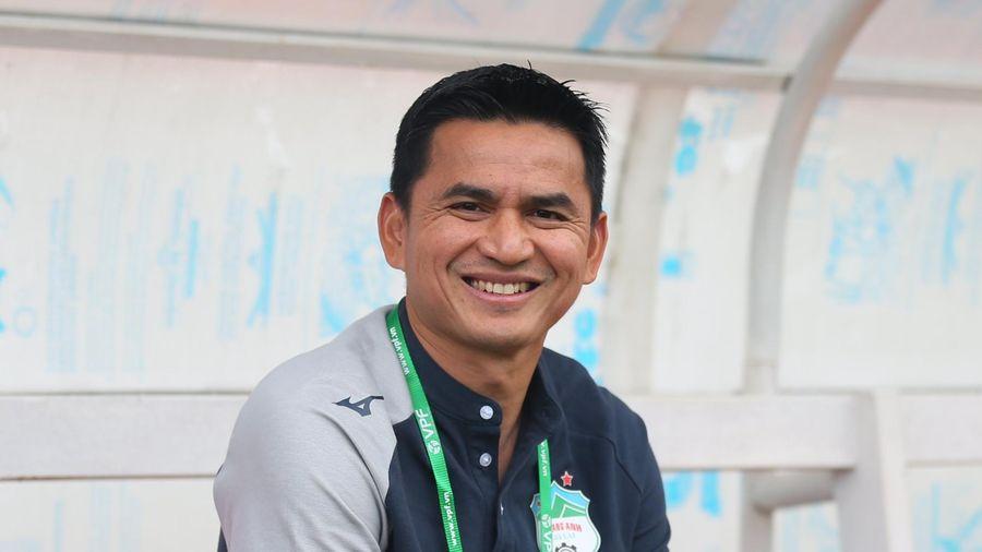 Kiatisak nói gì khi giúp HAGL lần đầu thắng Hà Nội FC sau 4 năm?
