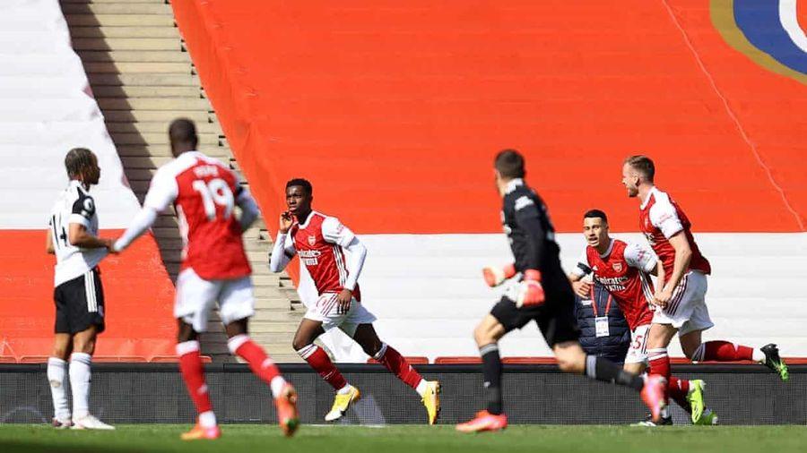 Hai lần bị từ chối bàn thắng, Arsenal thoát hiểm phút bù giờ