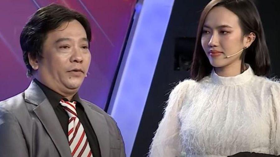 Nghệ sĩ cải lương Minh Hòa chạy xe ôm mưu sinh