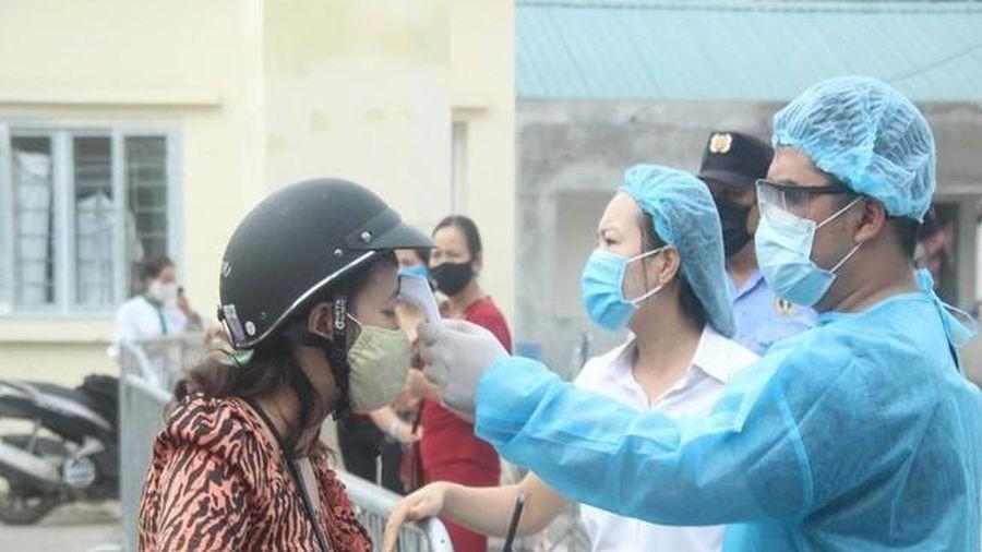 Thêm 3 ca nhập cảnh, Việt Nam có 2.784 bệnh nhân mắc Covid-19