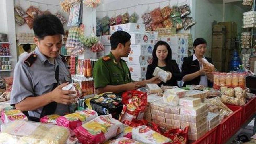 Quận Long Biên tăng cường kiểm tra, giám sát trong Tháng hành động vì ATTP