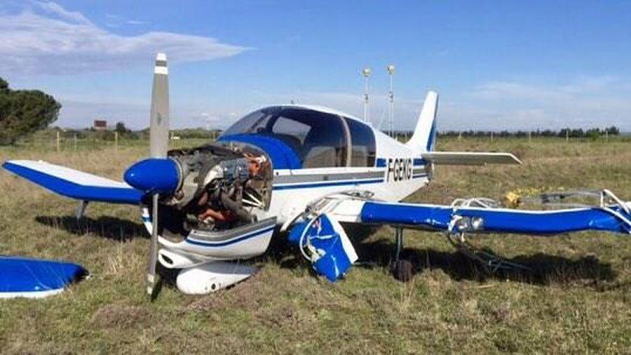 Pháp: Tai nạn máy bay khiến 4 người thiệt mạng