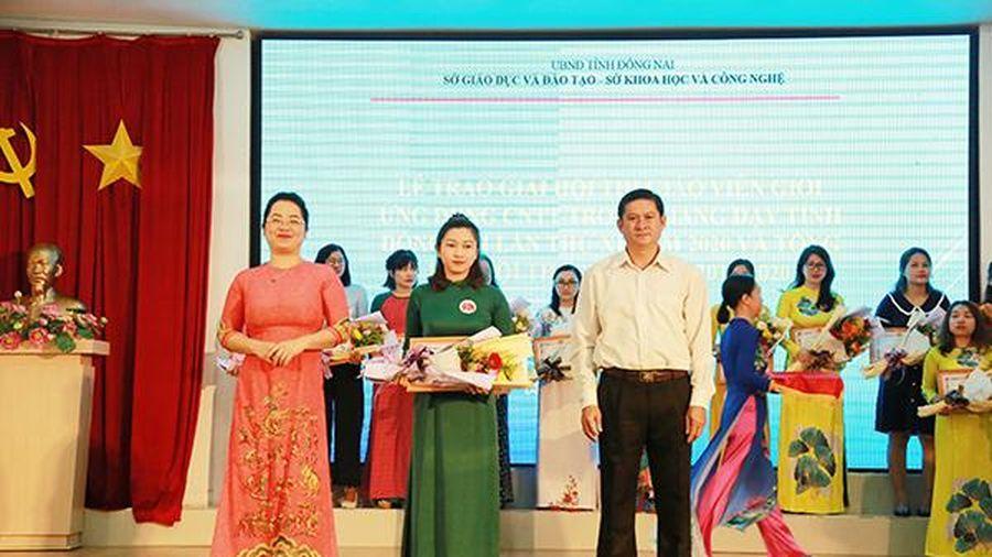 Trao 189 giải thưởng Giáo viên ứng dụng công nghệ thông tin trao giảng dạy