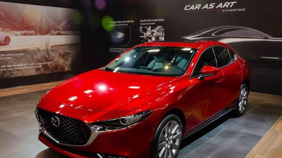 Mẫu xe nào bán chạy nhất phân khúc sedan hạng C tháng 3?