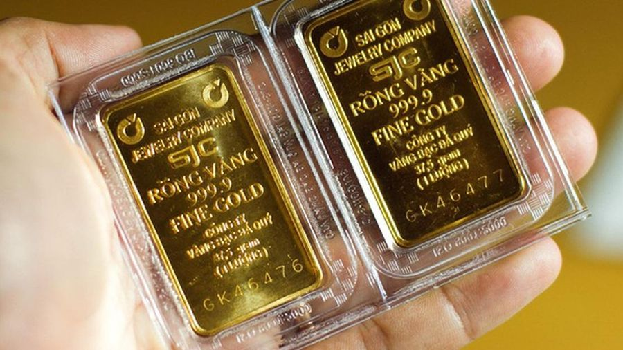 Giá vàng thế giới chạm mức cao nhất 7 tuần trở lại đây