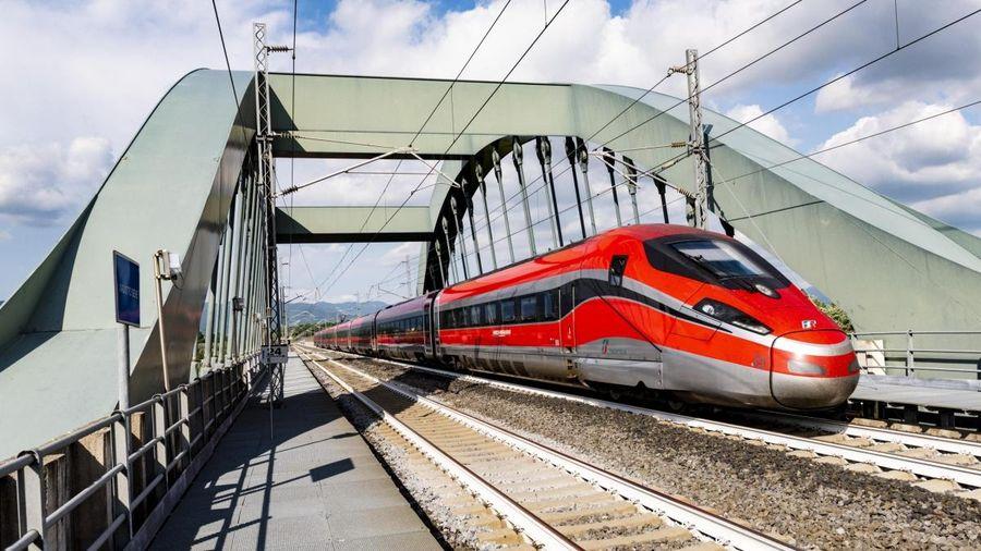 Italy đưa vào vận hành những 'chuyến tàu không Covid-19'