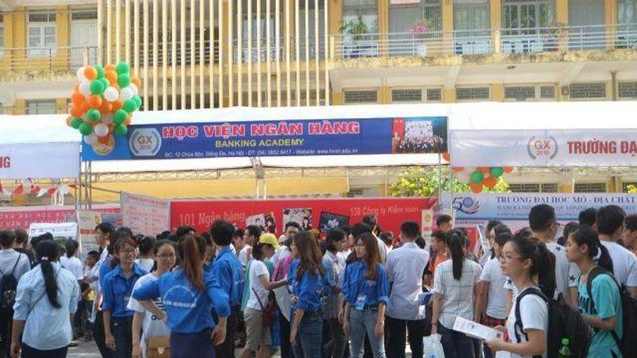 Học phí đại học tăng đồng loạt, Bộ GD-ĐT lên tiếng