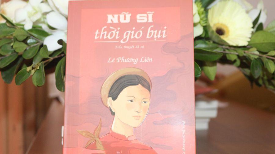 Cuốn tiểu thuyết dã sử về tài nữ Đoàn Thị Điểm