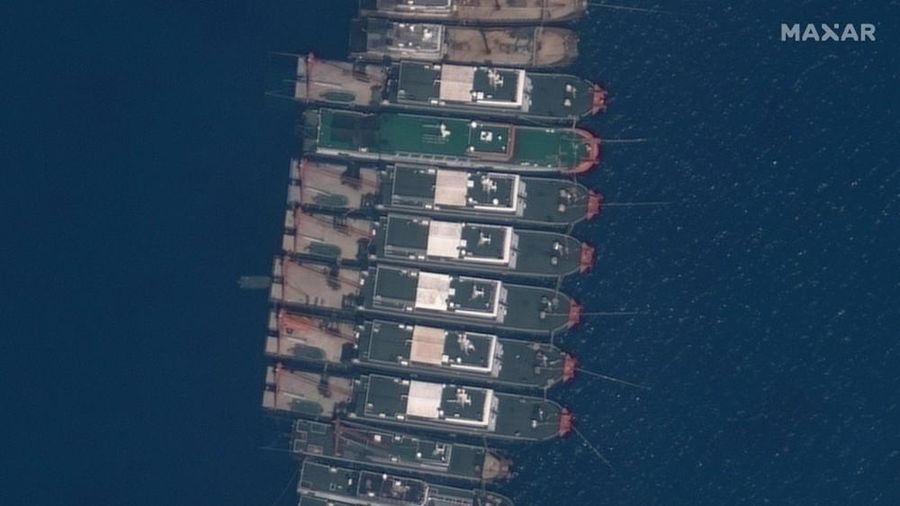 Tàu Trung Quốc tập kết ở Đá Ba Đầu: 'Khúc dạo đầu' của chiến thuật cắt lát salami mới trên Biển Đông?