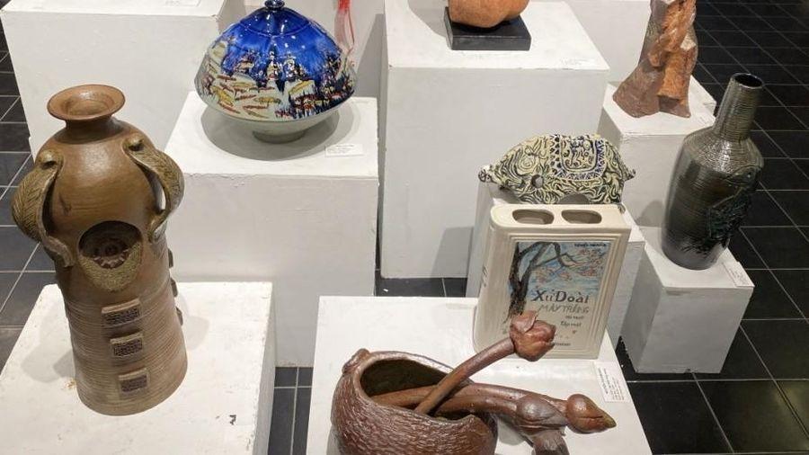 40 họa sĩ, nghệ nhân điêu khắc tham dự Triển lãm mỹ thuật 'Sắc Hạ'