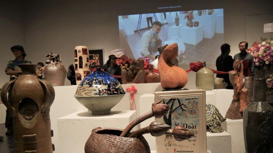 75 tác phẩm gốm được trưng bày tại Triển lãm mỹ thuật 'Sắc Hạ'