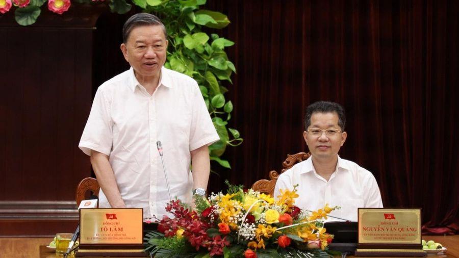 Đại tướng Tô Lâm kiểm tra công tác bầu cử ở Đà Nẵng