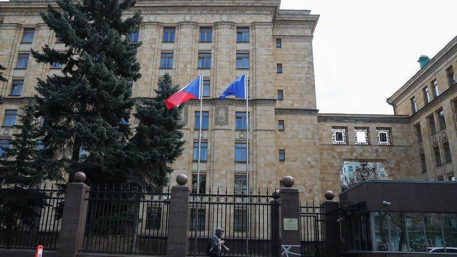 Nga - phương Tây căng thẳng chưa từng thấy: Dồn dập các đòn ăn miếng trả miếng