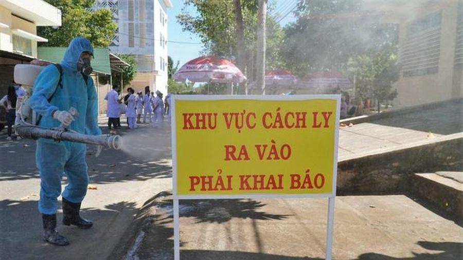 Việt Nam ghi nhận thêm 10 bệnh nhân nhập cảnh mắc Covid-19
