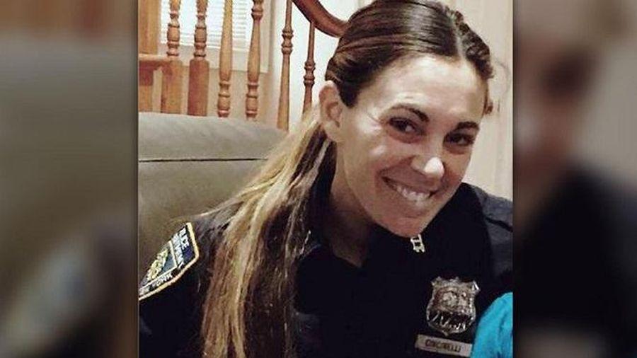 Thuê sát thủ giết chồng cũ và con gái tình nhân, nữ cảnh sát bị 'lật kèo' phút cuối, nhận cái kết đắng