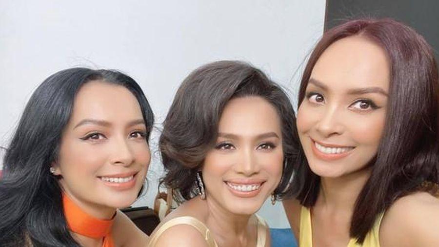 Hoa hậu Ngọc Khánh rạng rỡ đọ sắc cùng chị em Thúy Hằng-Thúy Hạnh, đẹp gợi cảm ở tuổi 45
