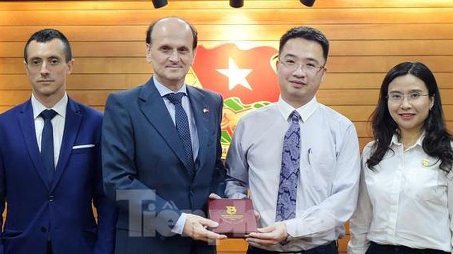 Đề xuất thi đấu bóng đá giao hữu Việt Nam - Argentina