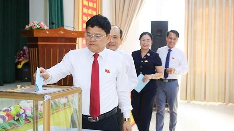 Thạch Hà bầu Phó Chủ tịch UBND huyện nhiệm kỳ 2016 - 2021
