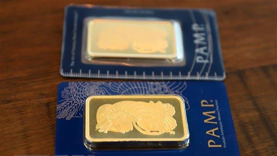 Giá vàng châu Á rời khỏi mức đỉnh 7 tuần phiên chiều 20/4