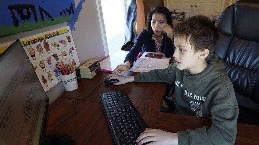 Các gia đình gốc Á tại Mỹ lo con đến trường giữa làn sóng bạo lực và COVID-19
