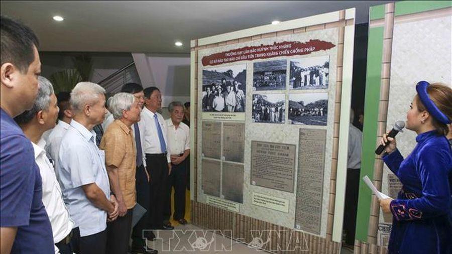 Báo chí Việt Nam 1946-1954, từ Thủ đô Hà Nội đến chiến khu Việt Bắc