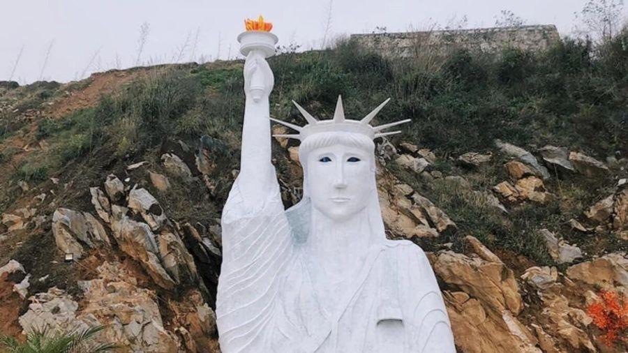 Chính quyền lập đoàn kiểm tra tượng nữ thần tự do phiên bản 'đột biến' xuất hiện ở Sa Pa